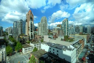 Photo 1: 1506 388 DRAKE STREET in Vancouver: Yaletown Condo for sale (Vancouver West)  : MLS®# R2281165