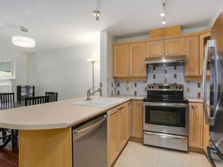 Photo 9: 308 988 West 54th Avenue in Hawthorne House: South Cambie Home for sale ()  : MLS®# R2040205