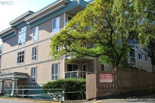 Photo 3: 302 649 Bay St in VICTORIA: Vi Downtown Condo for sale (Victoria)  : MLS®# 827838