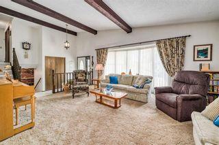 Photo 6: 335 Queensland Place SE in Calgary: Queensland Detached for sale : MLS®# C4303252