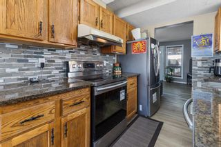 Photo 6: 6728 43 Avenue NE in Calgary: Temple Detached for sale : MLS®# A1092805