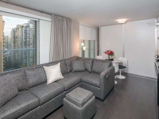 Photo 3: 1502 999 SEYMOUR STREET in Vancouver: Downtown VW Condo for sale (Vancouver West)  : MLS®# R2438685