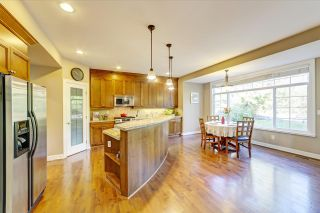 Photo 4: 3255 CAMELBACK Lane in Coquitlam: Westwood Plateau House for sale : MLS®# R2425810
