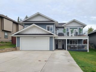 """Photo 2: 2973 VISTA RIDGE Drive in Prince George: St. Lawrence Heights House for sale in """"ST LAWRENCE HEIGHTS"""" (PG City South (Zone 74))  : MLS®# R2616108"""