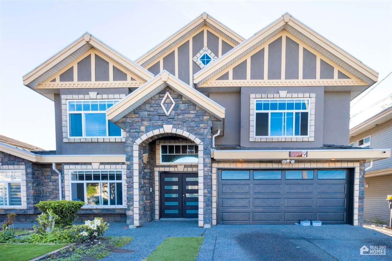 Main Photo: 7709 127 Street in Surrey: West Newton House for sale : MLS®# R2581110