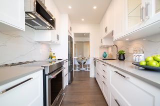 """Photo 13: 1703 1010 BURNABY Street in Vancouver: West End VW Condo for sale in """"The Ellington"""" (Vancouver West)  : MLS®# R2602779"""