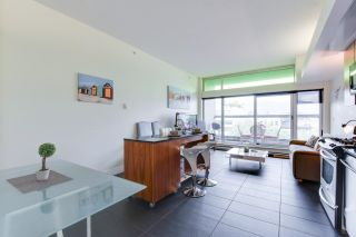 """Photo 2: 603 33 W PENDER Street in Vancouver: Downtown VW Condo for sale in """"33 Living"""" (Vancouver West)  : MLS®# R2616377"""