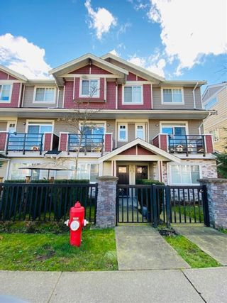 "Photo 1: 79 6383 140 Street in Surrey: Sullivan Station Townhouse for sale in ""PANORAMA WEST VILLAGE"" : MLS®# R2543747"