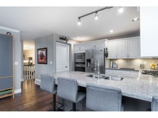 """Photo 7: 87 4001 OLD CLAYBURN Road in Abbotsford: Abbotsford East Townhouse for sale in """"Cedar Springs"""" : MLS®# R2419759"""