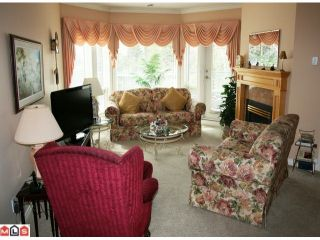 """Photo 5: 309 34101 OLD YALE Road in Abbotsford: Central Abbotsford Condo for sale in """"YALE TERRACE"""" : MLS®# F1008524"""