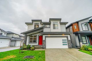Photo 1: 6968 205 Street in Langley: Willoughby Heights House for sale : MLS®# R2431712