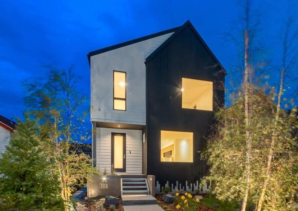Main Photo: 1110 17 Avenue NW in Calgary: Capitol Hill Detached for sale : MLS®# A1151386