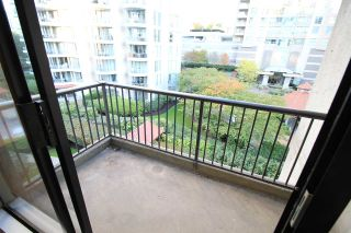 "Photo 12: 305 710 SEVENTH Avenue in New Westminster: Uptown NW Condo for sale in ""THE HERITAGE"" : MLS®# R2116270"