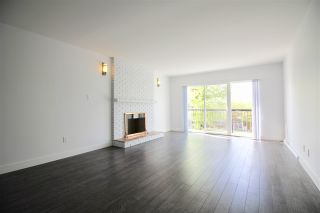 Photo 2: 2731 E 8TH Avenue in Vancouver: Renfrew VE House for sale (Vancouver East)  : MLS®# R2389889