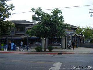 Photo 2: 108 1012 Pakington St in VICTORIA: Vi Fairfield West Condo for sale (Victoria)  : MLS®# 581958