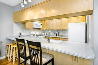 """Photo 15: 8834 LARKFIELD Drive in Burnaby: Forest Hills BN Townhouse for sale in """"Primrose Hill"""" (Burnaby North)  : MLS®# R2498974"""