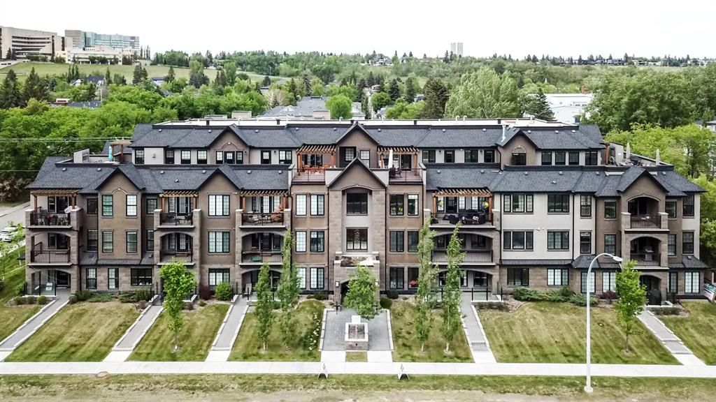 Main Photo: 308 3320 3 Avenue NW in Calgary: Parkdale Apartment for sale : MLS®# A1147869