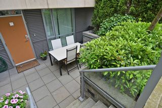 """Photo 2: 2727 PRINCE EDWARD Street in Vancouver: Mount Pleasant VE Townhouse for sale in """"UNO"""" (Vancouver East)  : MLS®# V1122910"""