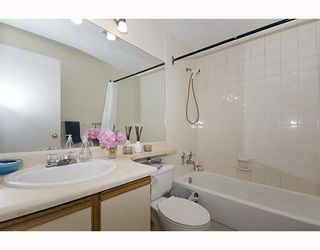 """Photo 6: 105 921 THURLOW Street in Vancouver: West End VW Condo for sale in """"KRISTOFF PLACE"""" (Vancouver West)  : MLS®# V774226"""