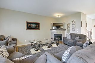 Photo 5: 60 EVERHOLLOW Street SW in Calgary: Evergreen Detached for sale : MLS®# A1151212