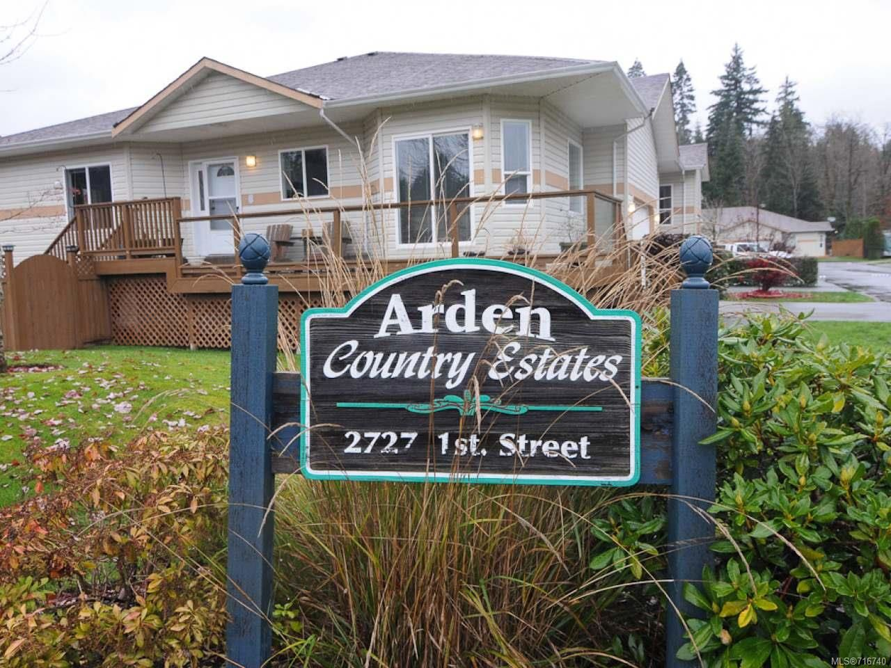 Main Photo: 201 2727 1st St in COURTENAY: CV Courtenay City Row/Townhouse for sale (Comox Valley)  : MLS®# 716740