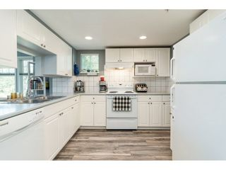 "Photo 9: 2 9036 208 Street in Langley: Walnut Grove Townhouse for sale in ""Hunter's Glen"" : MLS®# R2289925"