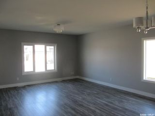 Photo 3: 291 15th Street in Battleford: Residential for sale : MLS®# SK859847