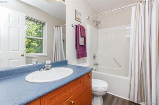 Photo 11: 9 2563 Millstream Rd in VICTORIA: La Mill Hill Row/Townhouse for sale (Langford)  : MLS®# 786813