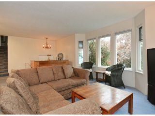 """Photo 3: 15909 GOGGS Avenue: White Rock House for sale in """"White Rock"""" (South Surrey White Rock)  : MLS®# F1424836"""
