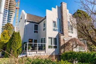 """Photo 38: 5 1508 BLACKWOOD Street: White Rock Townhouse for sale in """"The Juliana"""" (South Surrey White Rock)  : MLS®# R2551843"""