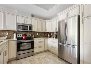 """Photo 12: 201 1725 MARTIN Drive in Surrey: Sunnyside Park Surrey Condo for sale in """"SOUTHWYND"""" (South Surrey White Rock)  : MLS®# R2588557"""