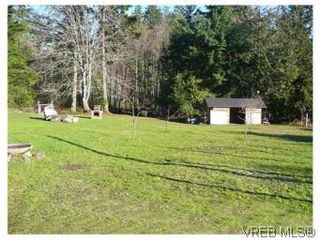 Photo 3: 3218 Clam Bay Rd in PENDER ISLAND: GI Pender Island House for sale (Gulf Islands)  : MLS®# 506053