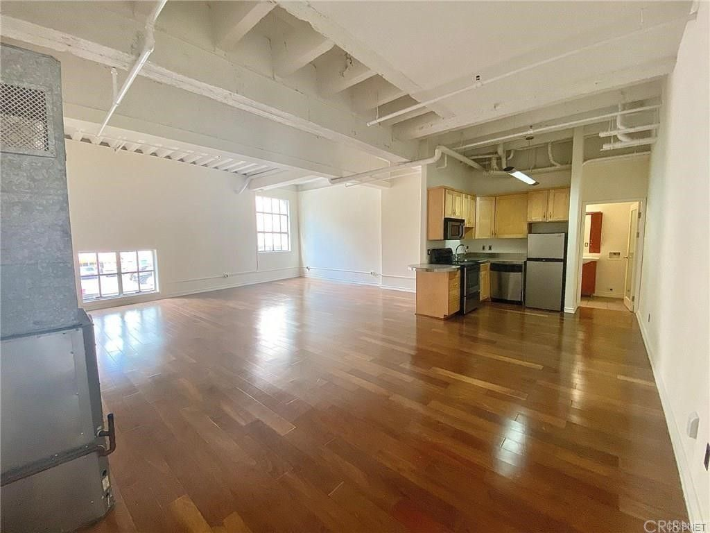 Main Photo: 312 W 5th Street Unit M10 in Los Angeles: Residential for sale (C42 - Downtown L.A.)  : MLS®# SR21201772
