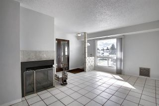 Photo 7: 9305 172 Street in Edmonton: Zone 20 Carriage for sale : MLS®# E4228510