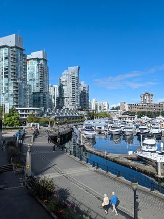 """Photo 22: 1505 1205 W HASTINGS Street in Vancouver: Coal Harbour Condo for sale in """"BCS2555"""" (Vancouver West)  : MLS®# R2617335"""