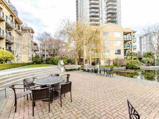 "Photo 19: 207 5 RENAISSANCE Square in New Westminster: Quay Condo for sale in ""LIDO"" : MLS®# R2442124"