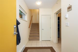 Photo 2: 37 39893 GOVERNMENT ROAD in Squamish: Northyards Townhouse for sale : MLS®# R2407142