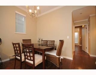 """Photo 6: 105 2250 W 3RD Avenue in Vancouver: Kitsilano Condo for sale in """"HENLEY PARK"""" (Vancouver West)  : MLS®# V755957"""
