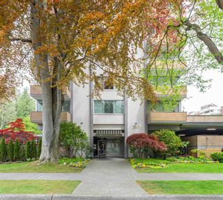 """Photo 3: 2201 2055 PENDRELL Street in Vancouver: West End VW Condo for sale in """"PANORAMA PLACE"""" (Vancouver West)  : MLS®# R2587547"""