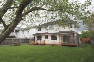 "Photo 16: 4527 222A Street in Langley: Murrayville House for sale in ""Murrayville"" : MLS®# R2268496"