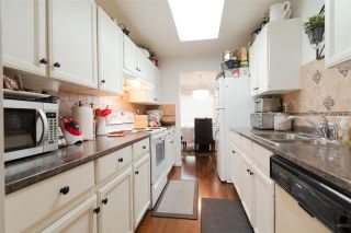 "Photo 5: 107 1480 VIDAL Street: White Rock Condo for sale in ""THE WELLINGTON"" (South Surrey White Rock)  : MLS®# R2325791"