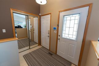 Photo 3: 83 Fulton Street in Winnipeg: River Park South Residential for sale (2F)  : MLS®# 202114565