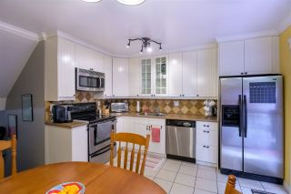 Photo 7: 287 BALMORAL PLACE in Port Moody: North Shore Pt Moody Townhouse for sale : MLS®# R2378595