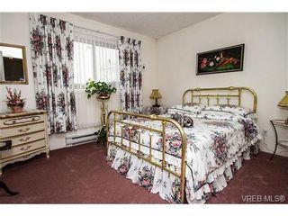 Photo 13: 11 709 Luscombe Pl in VICTORIA: Es Esquimalt House for sale (Esquimalt)  : MLS®# 690941
