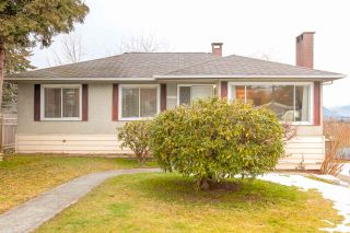 """Photo 1: 4635 BOND Street in Burnaby: Forest Glen BS House for sale in """"Forest Glen Area"""" (Burnaby South)  : MLS®# R2346683"""