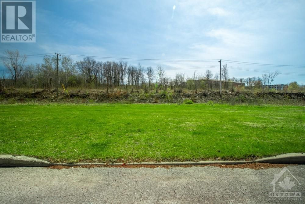 Main Photo: Lot 79 PORTELANCE AVENUE in Hawkesbury: Vacant Land for sale : MLS®# 1238621