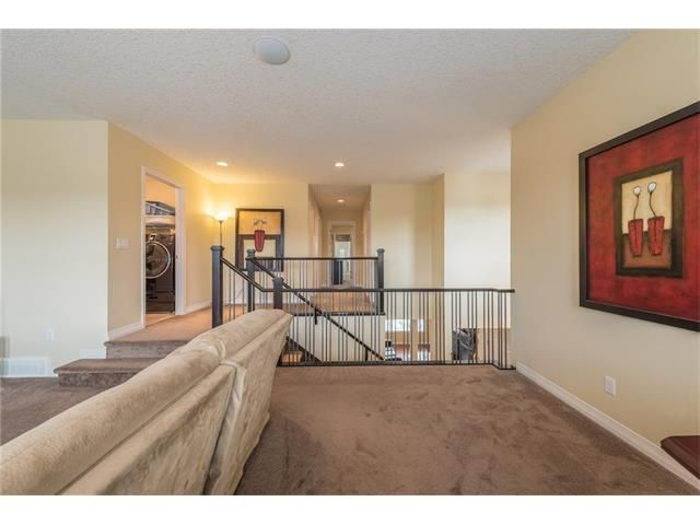 Photo 21: Photos: 151 evansdale Common NW in Calgary: Evanston House for sale : MLS®# C4064810