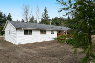 Photo 12: 2110 Lake Trail Rd in : CV Courtenay City Full Duplex for sale (Comox Valley)  : MLS®# 869253