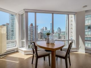 "Photo 6: 1507 535 SMITHE Street in Vancouver: Downtown VW Condo for sale in ""DOLCE AT SYMPHONY PLACE"" (Vancouver West)  : MLS®# R2065193"