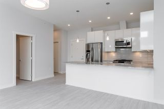 "Photo 5: 404 2356 WELCHER Avenue in Port Coquitlam: Central Pt Coquitlam Condo for sale in ""Mackenzie Park"" : MLS®# R2602800"